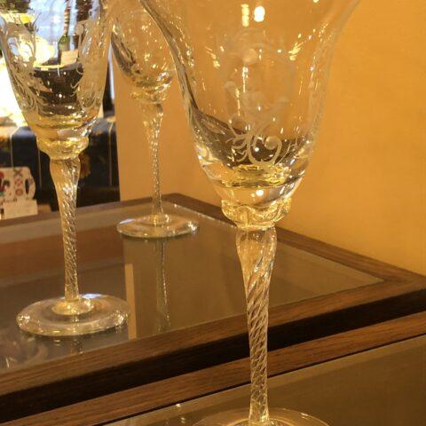ベネチアのワイングラス